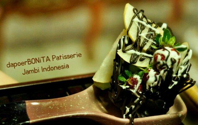 Still Rujak Cokelat by dapoerBONiTA Patisserie