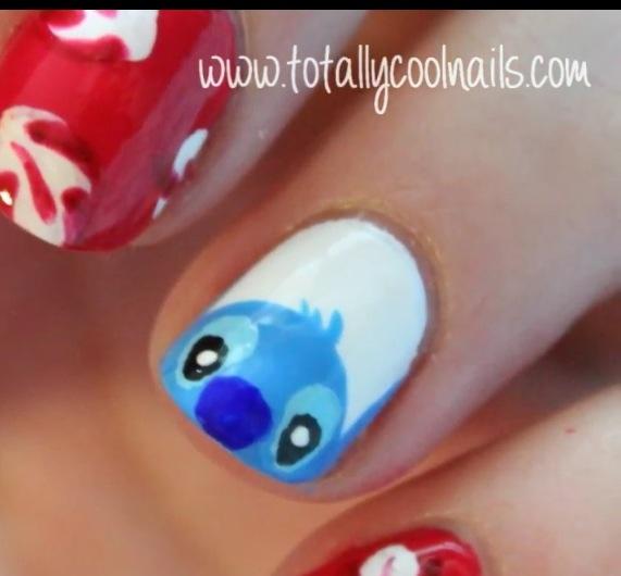 Nail Art Stitch: Stitch Nail Art