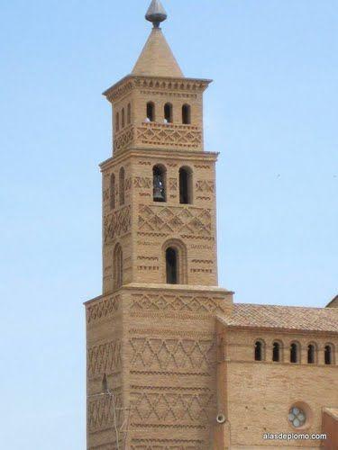 Iglesia de Santa Ana - Torre Mudejar, Estilo estilo gótico-renacentista, s. XIV, Alcubierre - Huesca - Aragón - Spain