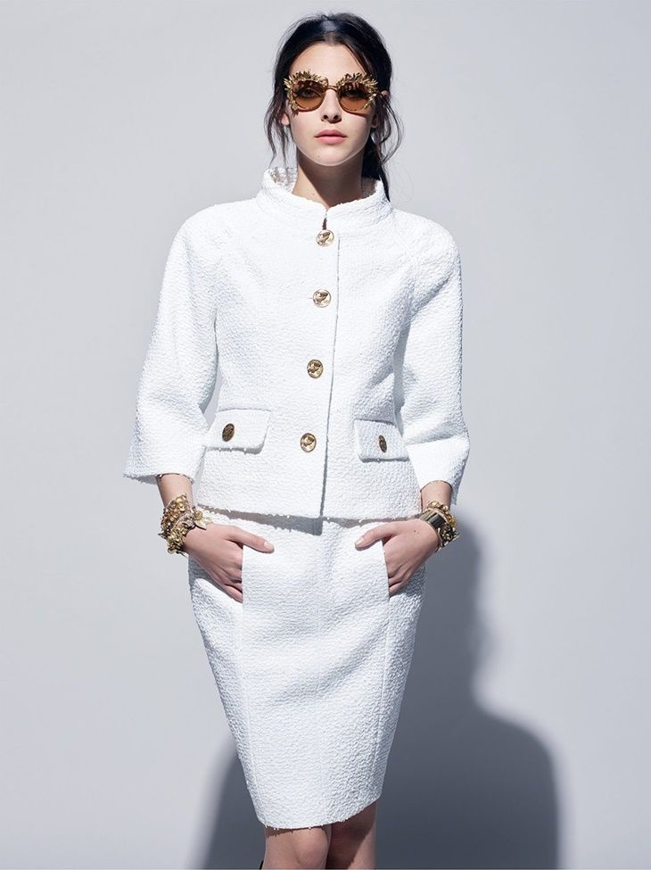 Inspirada pela Grécia Antiga, a Chanel desfilou no último dia 03, no Grand Palais em Paris, a sua coleção Cruise 2017/18.