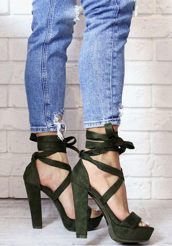 Sandałki na słupku, w modnym zielonym kolorze! www.Buu.pl  #may #fashion