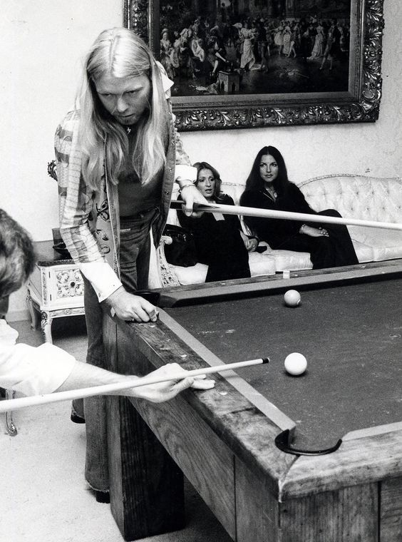 Look back at the career of rock 'n' blues pioneer and Allman Brothers Band co-founder Gregg Allman, who passed away at the age of 69.