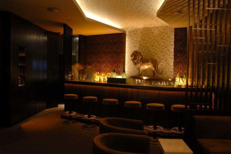 Top 10: Die besten Bars in Hamburg. Klassisch, im Stil der 20er Jahre, very british oder mit Dancefloor – die Hamburger Szene ist vielfältig.