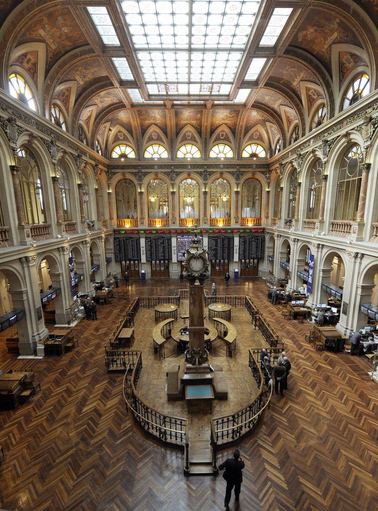 Foto Interior de la Bolsa de Madrid en Madrid