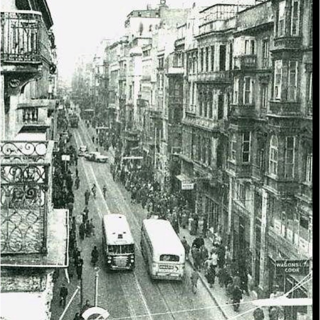 #pera #beyoğlu #istiklal #street #istanbul #turkey