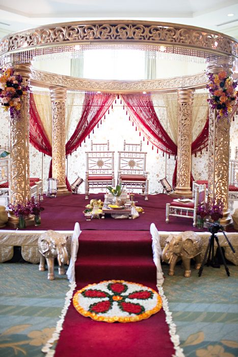 Indian Wedding: Smriti & JB, indian wedding decor, indian mandap by @Alankar