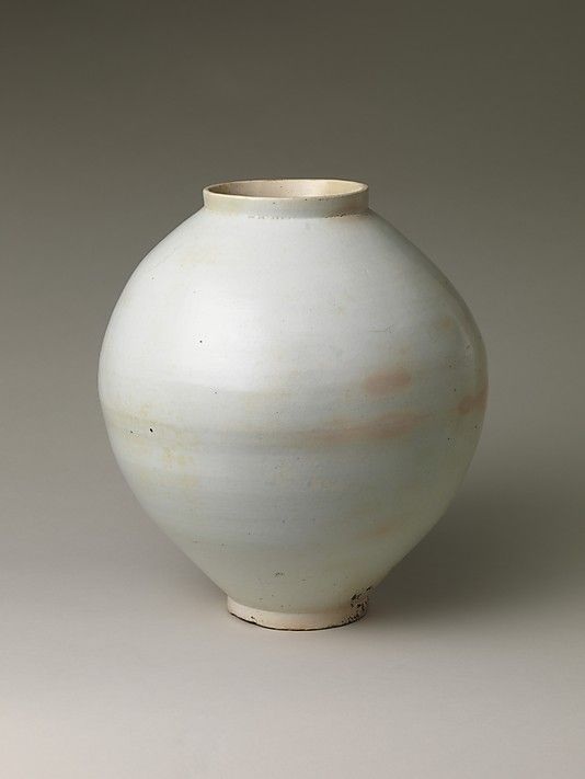 Moon Jar, Joseon dynasty (1392–1910),     second half of the 18th century,     Korea, Porcelain