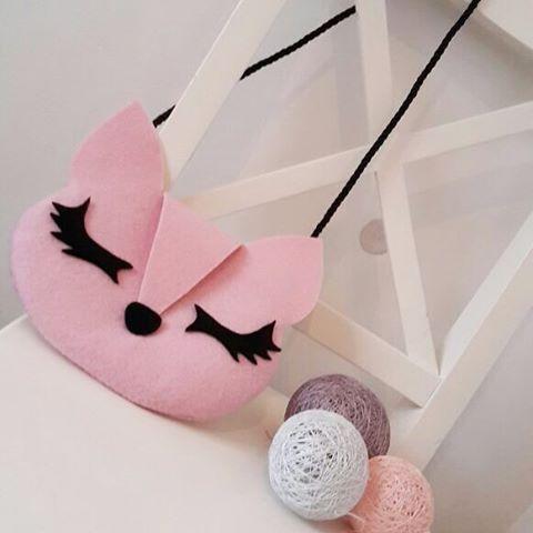 Çanta pembe KEDİ  /Torebka różowa KOTEK #keçe  #tarzkız #cocukcantasi #cocukaksesuar #elyapımı #coolcocuk #filc #recznierobione #rekodzielo #babygirl #dladziewczynki #kidsfashion #cathandbag #madewithlove #handmade