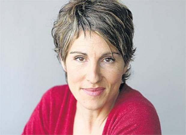 Tamsin Greig as Pearl