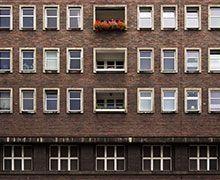 Remplacer fenêtres et volets contribue à améliorer la performance énergétique des logements
