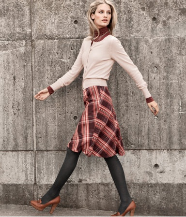 oh my. love the fall midi length and the plaid!