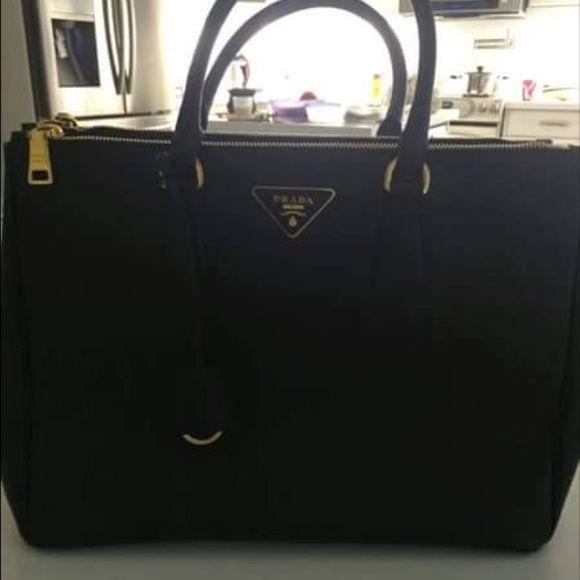 prada black leather bag - Prada Saffiano medium size tote   Prada Bag, Totes and Medium