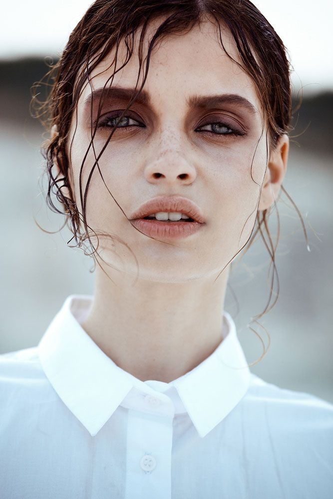 Becca B by Jaclyn Adams in Vanishing Skies for Fashion Gone Rogue http://www.siempre-lindas.cl/categoria/belleza/