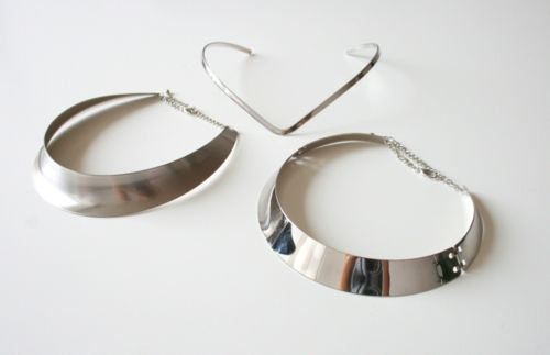 chokers: Silver Chokers, Jewelry Inspiration, Fashion Styles, Metal Necklaces, Silver Collars, Basic Metal, Posts, Style Jewelry