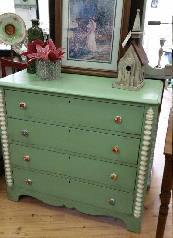 Pin By Lucy Rigby On Milk Chalk Mineral Paint Green Painted