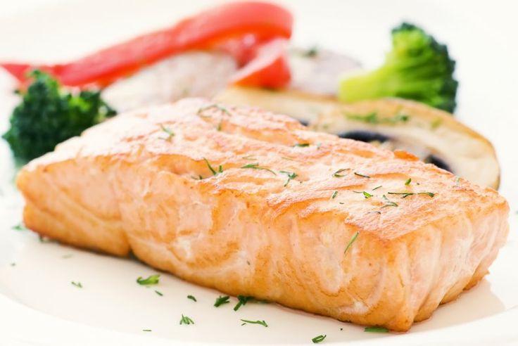 El salmón es uno de los pescados más saludables que podemos consumir, y en ElGranChef queremos ofrecerte diferentes modos de prepararlo. Hoy aprenderemos a cocinar salmón grillado al estilo asiático. Se trata de una cocción simple cuyo toque especial está en la salsa marinada