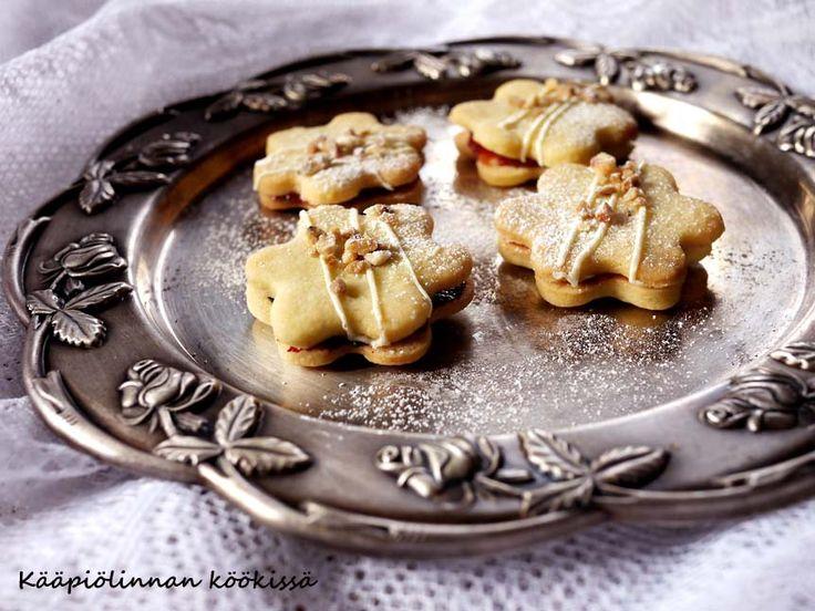 Kääpiölinnan köökissä: Let's bake it! - syntisen hyvät murokeksit marmeladilla ja valkosuklaalla