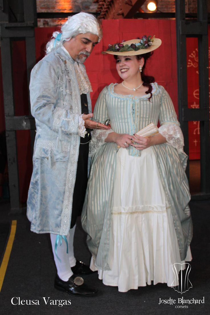 Vestimentas Rococó.  Foto por Cleusa Vargas