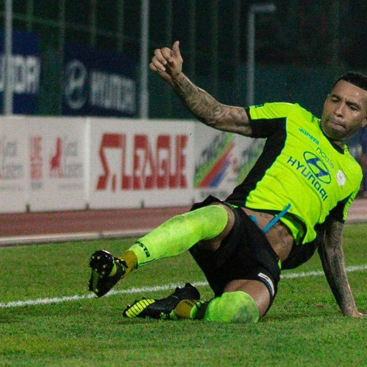 Jermaine Pennant will play Singapore Cup final - Tampines Rovers' coach