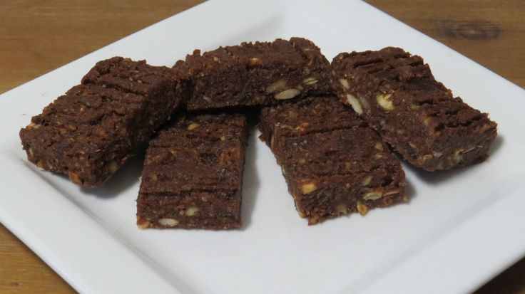 Gluten free, dairy free, egg free INGREDIENTS 15 Medjool dates, pitted and chopped 3/4 Cup pecans 1/4 Cup pepitas 1/4 Cup coconut 2 Tbsp. chia seeds 3 Tbsp. Cacao 3-4Tbsp. boiling water METHOD Put …