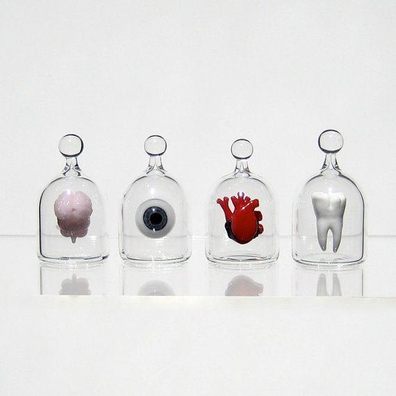 Anatomical Heart in a Jar Hand Blown Glass Miniature di kivaford