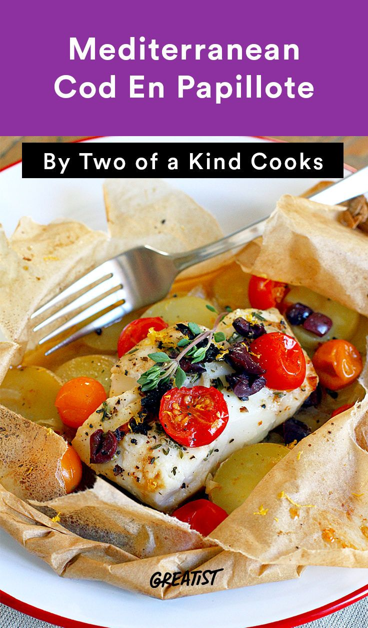 7. Mediterranean Cod En Papillote #greatist http://greatist.com/eat/en-papillote-recipes-using-parchment-paper