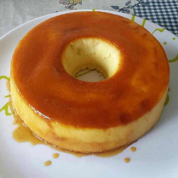 A Receita do Verdadeiro Pudim de Padaria é fácil de fazer e deliciosa. Com ela, você não vai mais ficar babando nos pudins de padaria e se perguntando porq