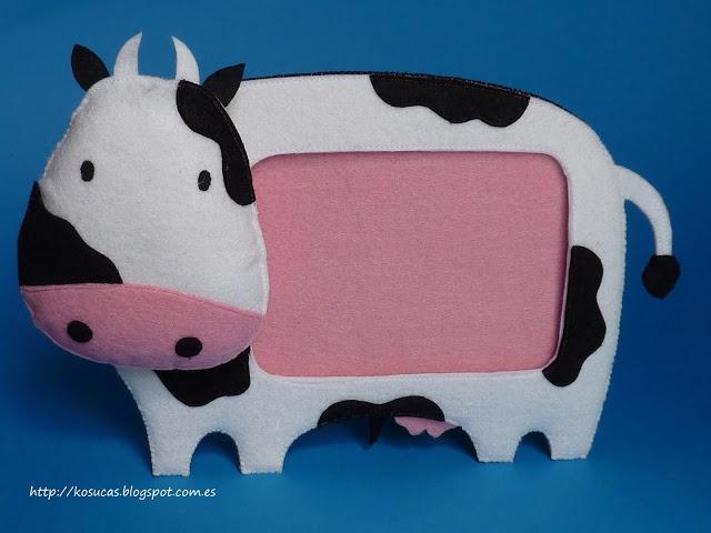 Felt frame cow.  Marco de fotos de fieltro de vaca.