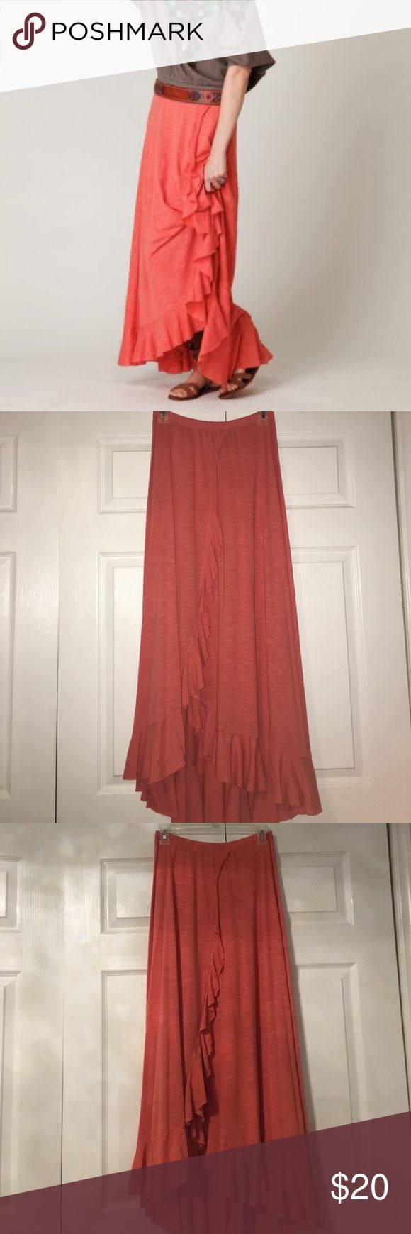 Free People Beach coral maxi skirt FP Beach coral maxi skirt. Pre owned but in good condition. Size XS. Coral color shorter in front and longer back. Ruffles on the front very pretty. Free People Skirts Maxi