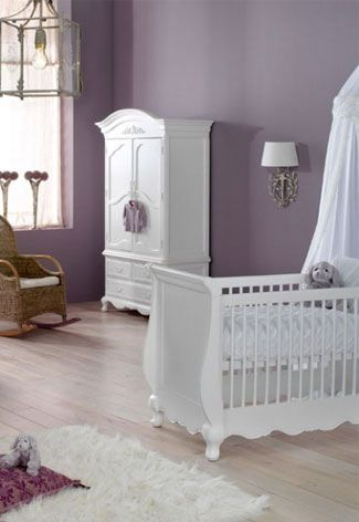 When i have a lil girl her room will be just like this but pink<3 and ill add more stuff :)