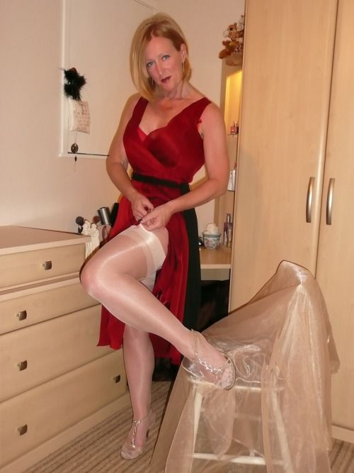 Mature Land Stocking Sex Galleries 60
