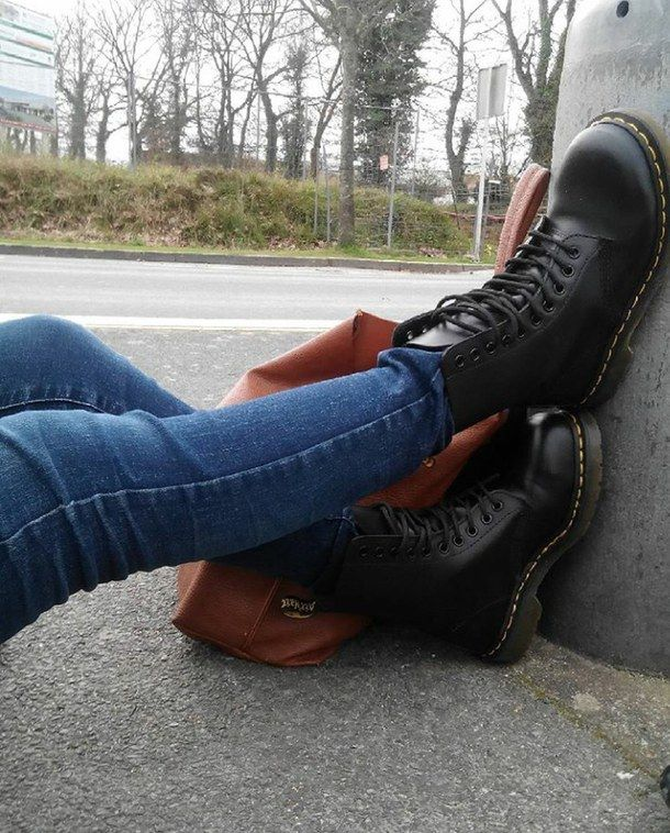 aesthetic, black, doc, girl, grunge, martens | Outfit ...
