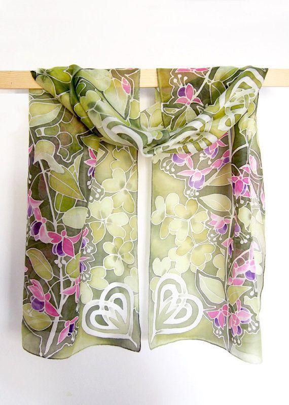 Sciarpa di seta sciarpe SHAMROCK fiori Sciarpa fucsia di MinkuLUL