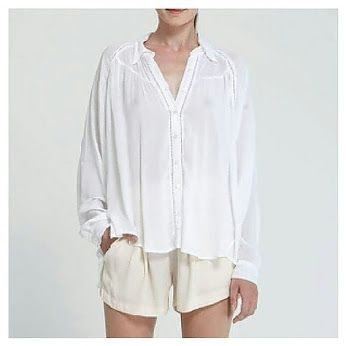 Highlight your outfit and keep looking stylish throughout all seasons. Shirt Rayon Love available in black and white. www.umaandleopold.com    #umaandleopold   #style   #fashion   #fashionblogger   #chic   #newonline   #stylish   #shirt