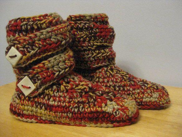 Ladies' / girls'  crochet boot-style slippers —