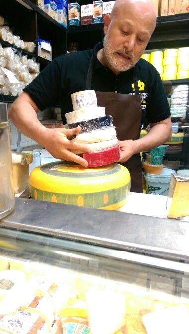 Cheese wheel wedding cake size
