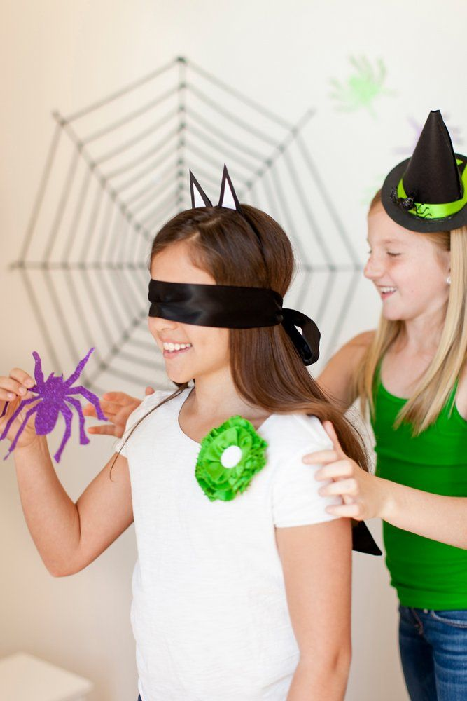 TomKat Studios: Batty Halloween Party...Halloween party games for kids