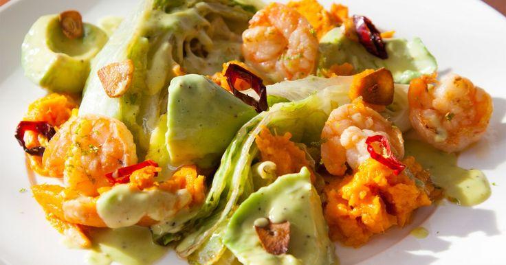 (Kraam 10) Groente & FruitParadijs ☞ 2 kroppen ijsbergsla  (Kraam 13) Tropica ☞ 8 lente uitjes ☞ 1 Spaanse peper ☞ 2 avocado's ☞ 2