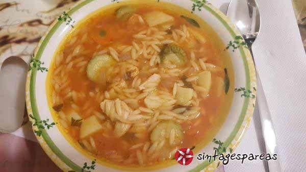 Σούπα κριθαράκι με λαχανικά #sintagespareas #soupakritharaki