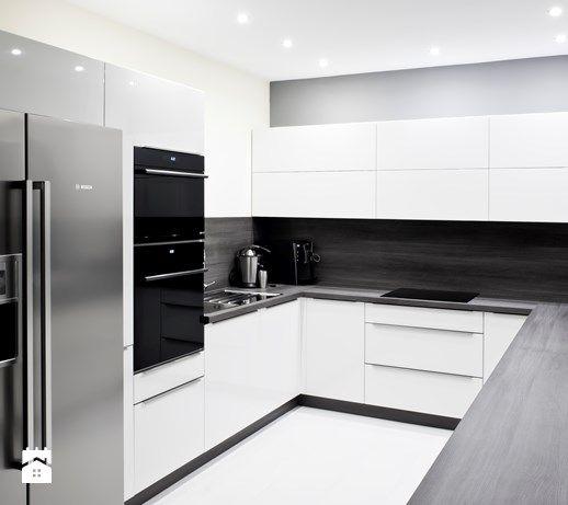 Aranżacje wnętrz - Kuchnia: Kuchnia, styl nowoczesny - Meble Ideal . Przeglądaj, dodawaj i zapisuj najlepsze zdjęcia, pomysły i inspiracje designerskie. W bazie mamy już prawie milion fotografii!
