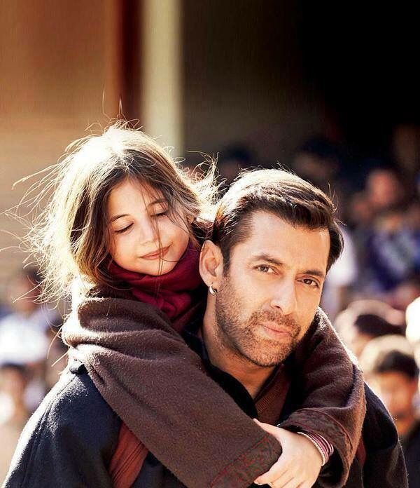 Salman with Munni in Bajrangi Bhaijaan