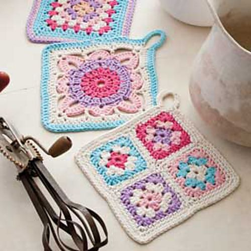 "Ravelry: 120-59 Crochet Pot Holders with squares in ""Paris"" pattern by DROPS design"