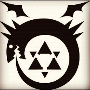 Oroboros full metal alchemist - Google Search Want this tattooed under my right upper arm