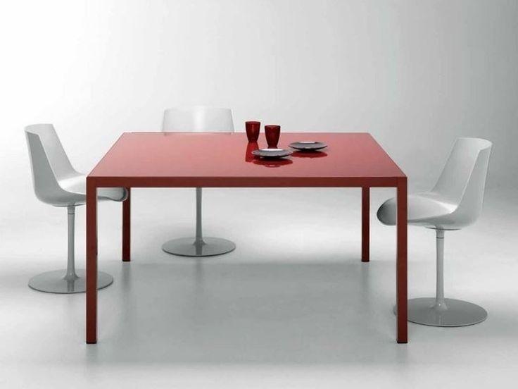 Tavoli quadrati allungabili per soggiorno