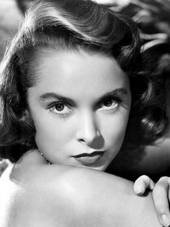 Janet Leigh...beautiful...mother of Jamie Lee Curtis