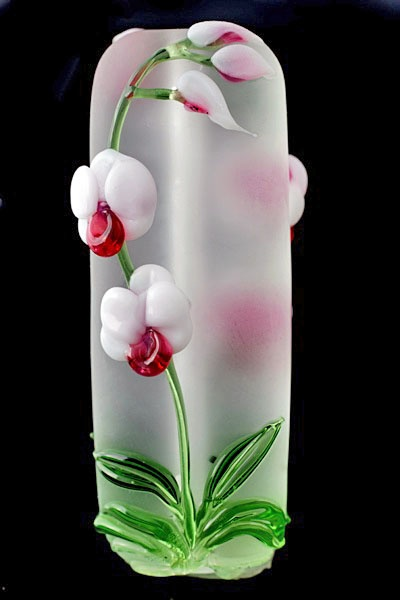 Etched white orchid bead glass artist Katherine Wadsworth