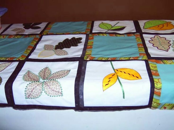 Yoyo applique quilt top ~by Gypsy Stitches~