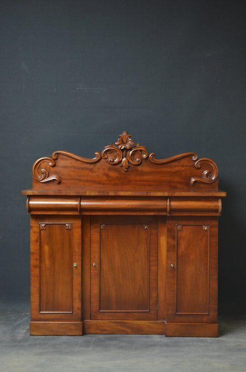 Small Victorian Mahogany Sideboard - Antiques Atlas