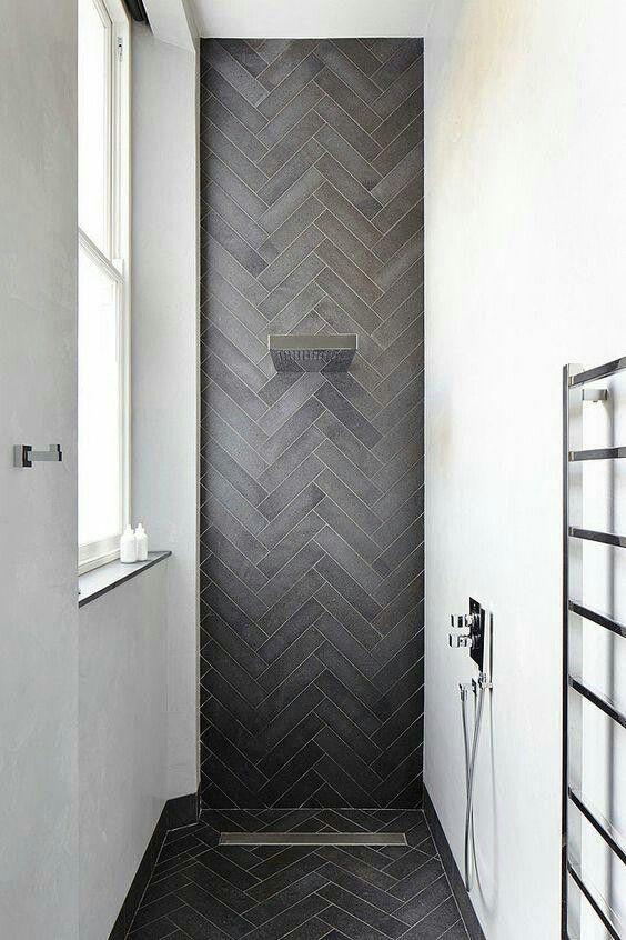 25 beste idee n over tegels in de badkamers op pinterest metro tegels badkamers metrotegel - Idee mozaieken badkamer ...
