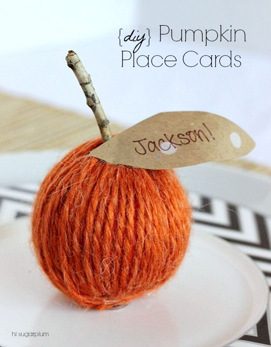 {Thanksgiving Table} Simple Place Cards